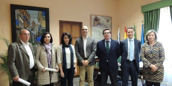 """La Obra Social """"la Caixa"""" firma varios convenios en Zafra para programas sociales"""