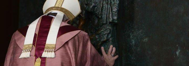 """El Papa en San Juan de Letrán: """"Comienza el tiempo de la gran perdonanza, el Jubileo de la misericordia"""""""