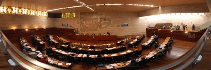 Junta de Extremadura retoma la próxima semana el diálogo con los grupos para abordar las cuentas