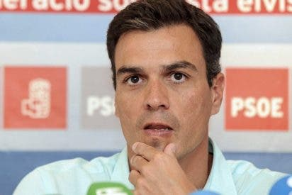 """Pedro Sánchez: """"Pablo Iglesias debe salir del armario y decir que es comunista"""""""