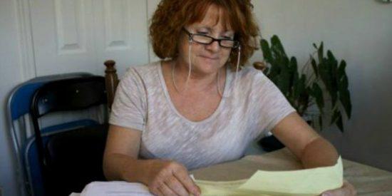 El extraño delito que convirtió a una pelirroja en una de las mujeres más buscadas de Canadá