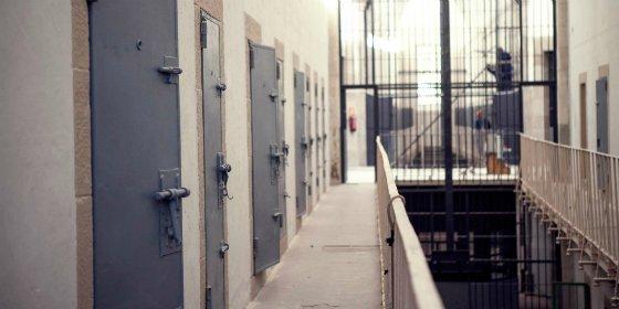 Un programa de 'la Caixa' facilita itinerarios de inserción socio-laboral a 13 internos de la cárcel de Cáceres