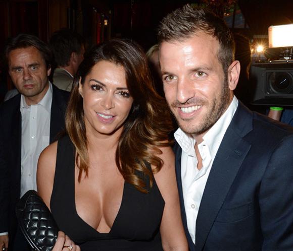 La ex de un ex del Sevilla afirma estar esperando un hijo de Van der Vaart