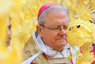 El obispo de Mallorca, denunciado en Roma por una