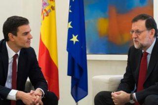 Pedro Sánchez desoye a los barones socialistas y se arroja en brazos de Podemos
