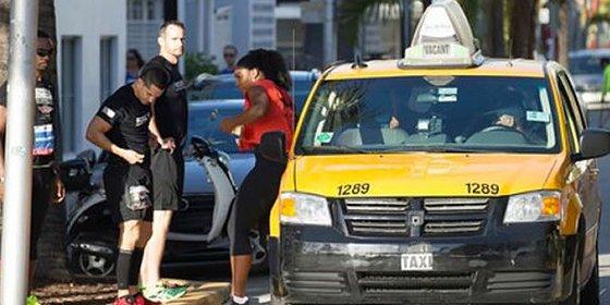 Serena Williams, pillada cogiendo un taxi en una carrera benéfica