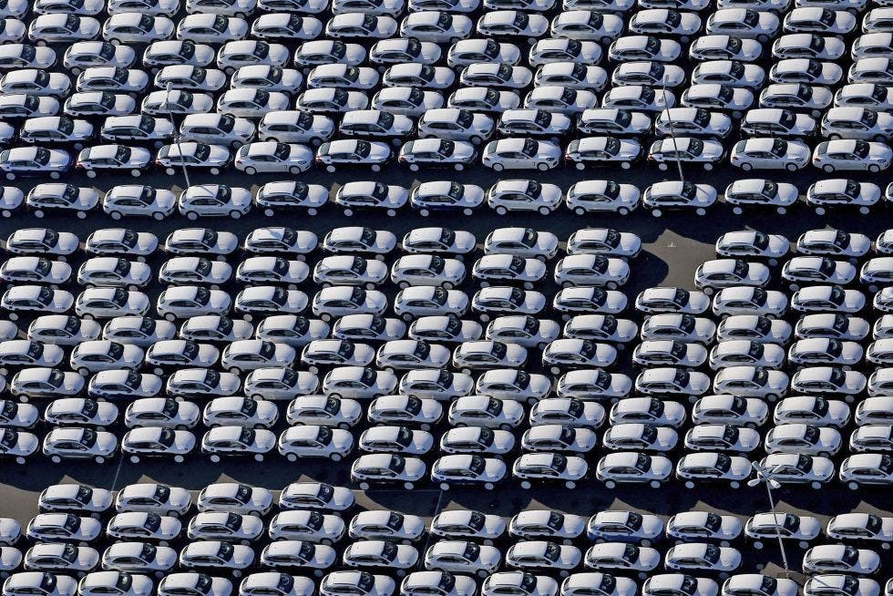 El peaje de las autopistas bajará en Esapaña un 0,6% en 2016