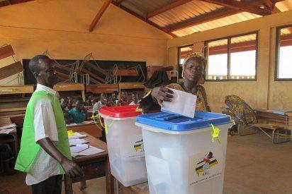 Votaciones en Bangui para pasar la página de la guerra