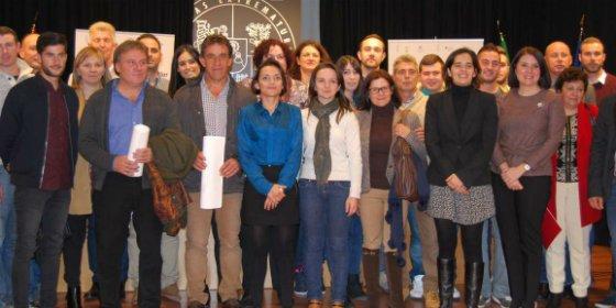 Begoña García reitera el compromiso de la Junta con el sector tabaquero extremeño