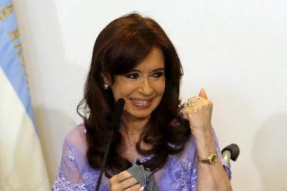 La justicia argentina cede ante los caprichos de Cristina Fernández: autorizan su nuevo viaje a Cuba, su octava visita de 2019