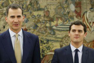 Albert Rivera comunica al rey de España que Ciudadanos no apoyará un pacto del PSOE con Podemos y PNV