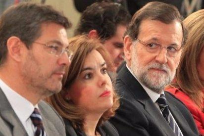 """""""Soraya, tranquila, esto sale"""": el optimista humor de Mariano Rajoy deja de piedra al equipo del PP"""