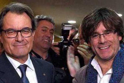 El forzado 'paso a un lado' de Artur Mas aviva la campaña por la independencia en Cataluña