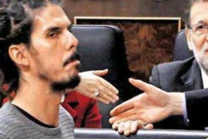 """El 'rasta' podemita Alberto Rodríguez: """"En el PSOE hablan siete voces"""""""
