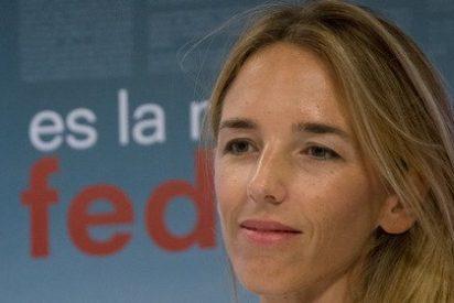 La cursi de Cayetana Álvarez de Toledo responde a la bazofia que desató su tuit sobre la cabalgata