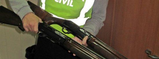 La Guardia Civil detiene a un conocido delincuente por el robo de dos escopetas de caza
