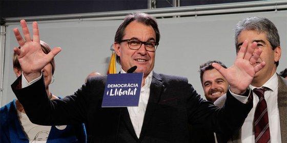 Los catalanes rechazan mayoritariamente que las CUP invistan a Mas