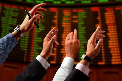 Fuerte rebote del 3,5% en el Ibex 35, que supera el nivel de los 8.700 puntos