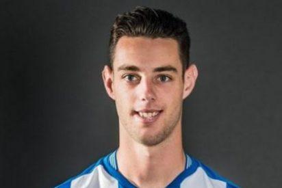 Un jugador del Espanyol calienta el derbi arremetiendo contra Piqué