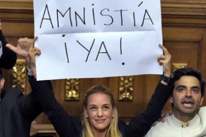 La oposición venezolana asume con energía las riendas de la Asamblea Nacional