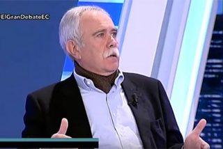 Pérez Henares se lía aescobazos con la 'bruja' Carmena: