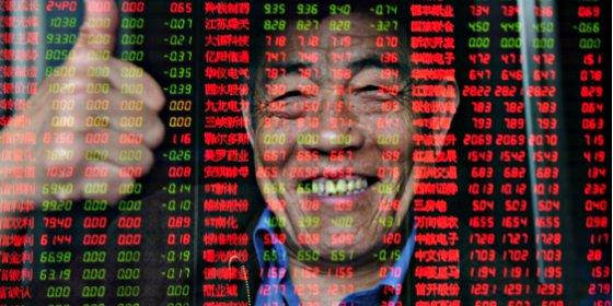 Las bolsas chinas suben un 2% tras la intervención de Pekín