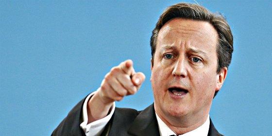 Cameron le dará una patada en el culo a las musulmanas que no aprendan inglés