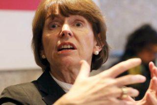 La alcaldesa de Colonia sugiere a las mujeres guardar distancias para evitar asaltos sexuales