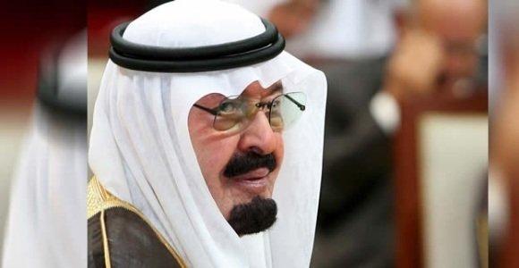 Arabia Saudí está financieramente 'desesperada' y planea sacar a bolsa la petrolera Saudi Aramco