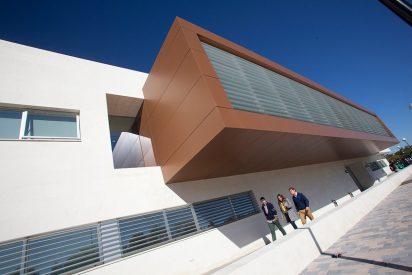 Alumnos de Loyola Andalucía podrán acceder a las Becas Santander-CRUE CEPYME