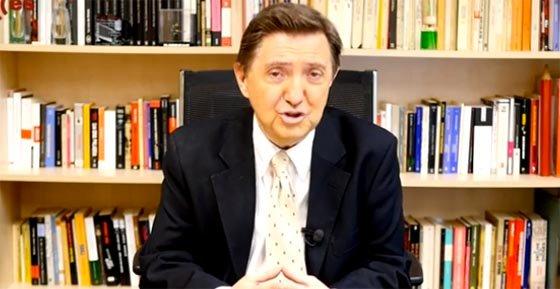 """Jiménez Losantos masacra al Padre Ángel: """"Hace el mamarracho con lo de 'siente a un pobre a su mesa'"""""""