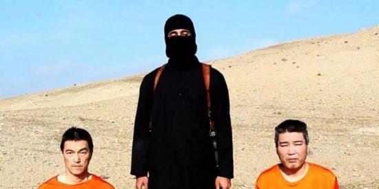 Las fotos del 'yihadista John' con la cara descubierta publicadas por EI