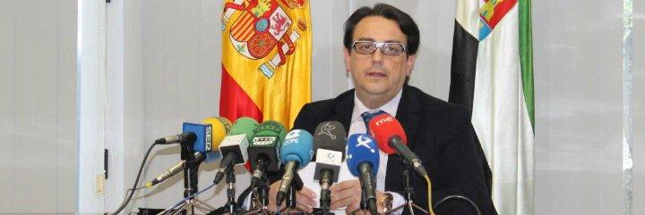 Extremadura podría recurrir el decreto para que enfermeros den medicamentos