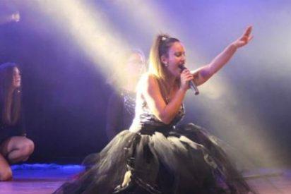 La extremeña Lara Donoso ofrece acústico en El Corte Inglés de Badajoz