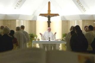 """Francisco: """"El cristiano es un testigo, tiene un corazón que acoge a todos"""""""