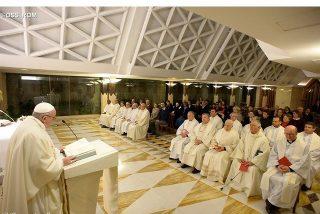 """El Papa critica a los que tienen """"un corazón cerrado"""" a las sorpresas del Espíritu"""