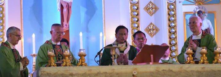 El Congreso Eucarístico Internacional reúne a miles de devotos en Filipinas