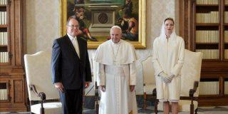 Bergoglio agradece al cuerpo de seguridad vaticana su trabajo en pleno Jubileo