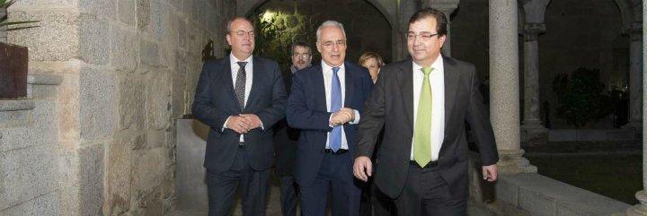 Extremadura y La Rioja defienden la permanencia de la planta de Altadis en Logroño