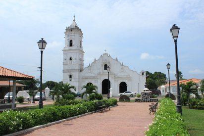 La iglesia más antigua del Pacífico amenaza ruina
