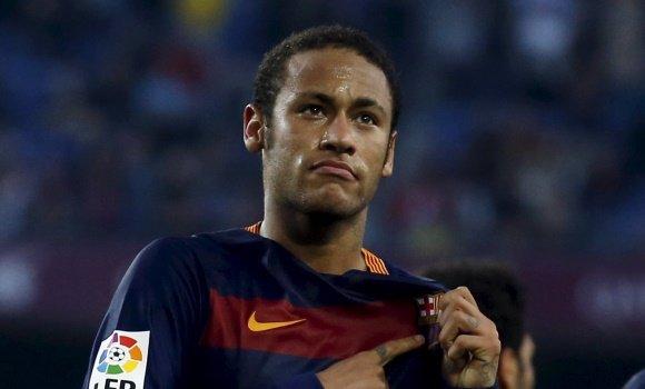 Neymar se habría reunido con el Real Madrid en Zurich, según Onda Cero