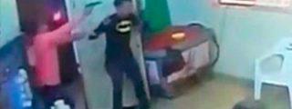 Así asesina un sicario a tres jóvenes a quemarropa en una cervecería