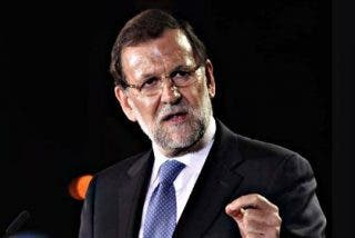 """Rajoy le toma la matrícula a Sánchez: """"Es capaz de pactar con ocho o nueve partidos"""""""
