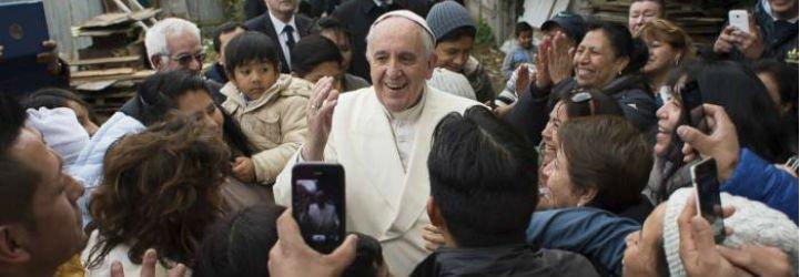 El Vaticano acoge a otros seis refugiados en la basílica de San Pedro