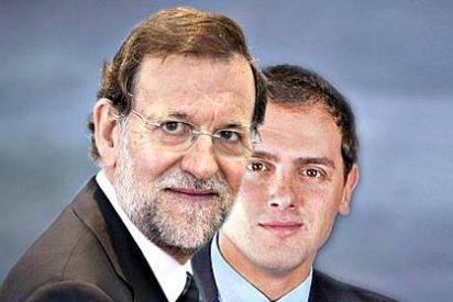 Mariano Rajoy tiende puentes con Albert Rivera y espera que el PSOE acabe estallando