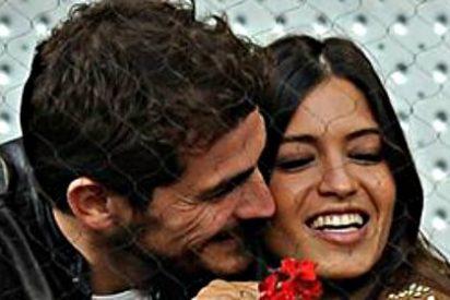Iker Casillas y Sara Carbonero se cachondean de la revista 'Pronto' y de los que los dan por hundidos