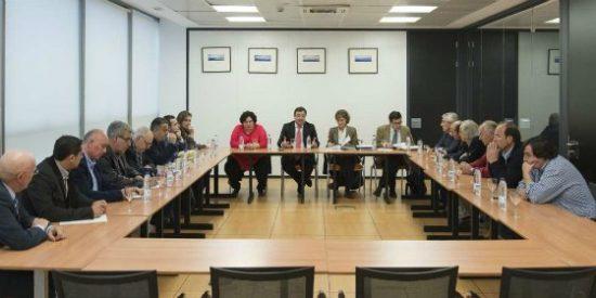 Junta de Extremadura aboga por el trabajo conjunto entre administraciones en pro del sector tabaquero