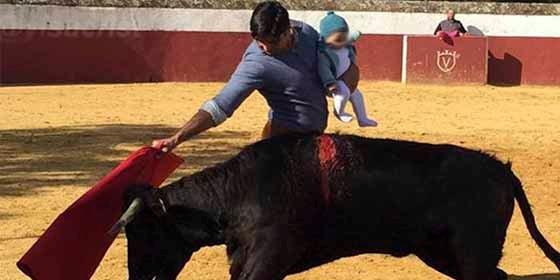 """Fran Rivera descabella al Defensor del Menor: """"Usted no sirve para nada, sólo quiso ponerse la medallita"""""""