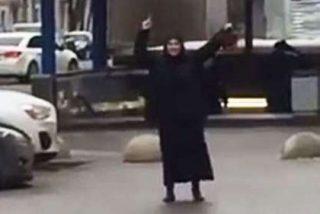 """La niñera siniestra que paseaba por Moscú con la cabeza de un niño: """"¡Alá es grande!"""""""