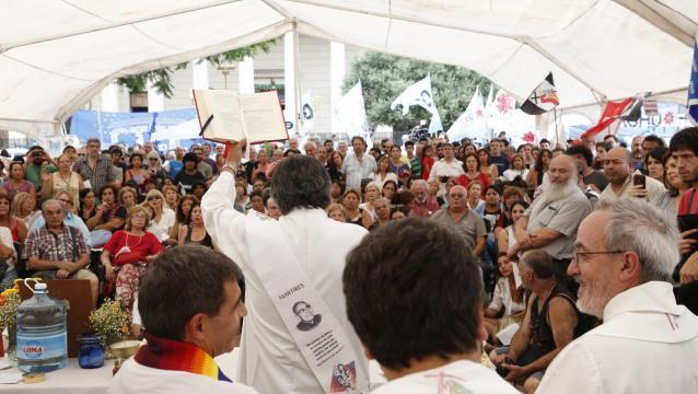 Curas argentinos piden al Papa que no reciba a Macri hasta que libere a la activista Milagro Sala